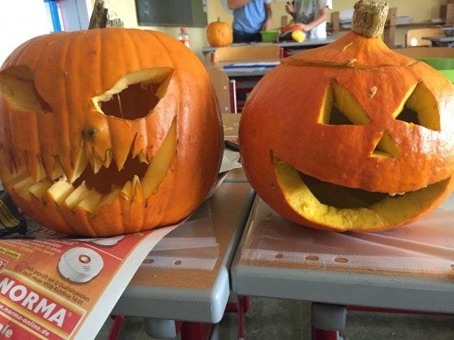 halloweenkürbisprojekt der 7 klasse  grund und